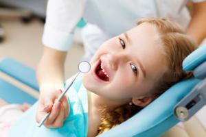 Запись на прием к детскому стоматологу