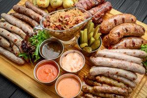 Сардельки из свинины и говядины в Вологде