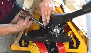 Ремонт гидравлических тележек в Череповце (фирма rocla)