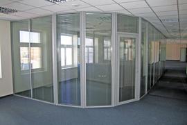 Стеклянные перегородки из алюминиевого профиля для офисов и жилых помещений