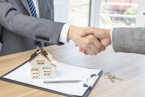 Купить трехкомнатную квартирув развитом микрорайоне в Вологде