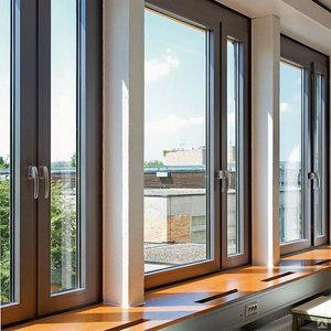 Окна больших размеров - много света и воздуха