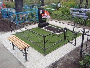 Как правильно подобрать размер ограды на могильный участок?