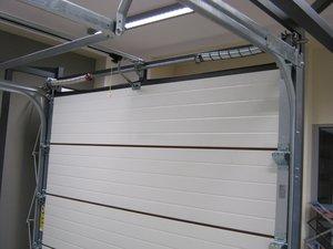 Установим ворота в гараж