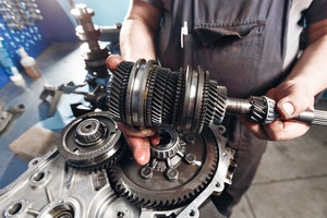 Качественный ремонт коробки передач в Череповце
