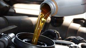 Оригинальное масло для автомобилей в наличии