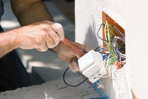 Заказать замену старой электропроводки в Череповце