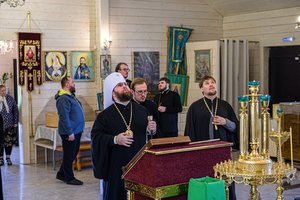 Служба всем святым, в земле Вологодской просиявшим