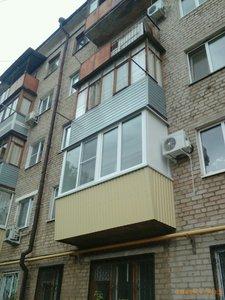 Евробалконы в Орске. Остекление балконов и отделка.