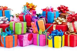 Подарки от магазинов женской одежды больших размеров Вологды и Череповца