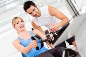 Тренировки в тренажерном зале с личным инструктором