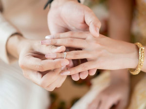 Красивая традиция: помолвочные кольца