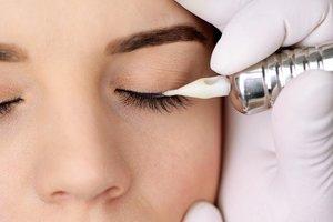 Где сделать татуаж глаз в Вологде?