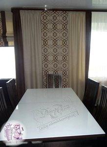 Текстильное оформление гостиной, совмещенной с кухней