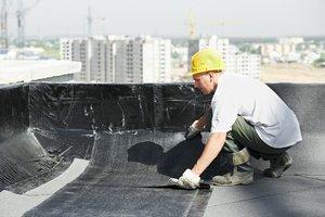 Выполнение работ по ремонту крыши в Вологде