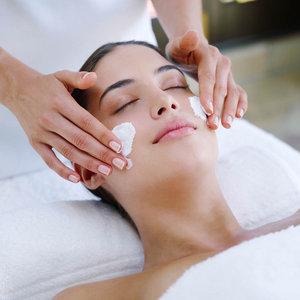 Профессиональная чистка лица у косметолога – особенности проведения