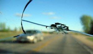 Устранение трещины на лобовом стекле