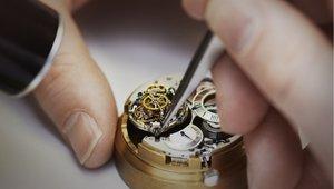 Отрегулировать точность хода механических часов в Вологде
