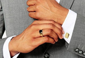 Купить подарок из золота для мужчин на 23 февраля!