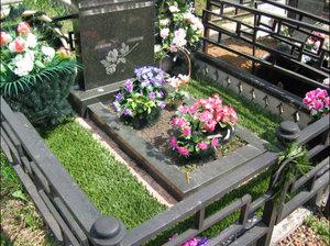 Благоустройство могил – сохраняя память о родных