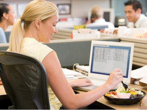 Заказать доставку горячих обедов в офис