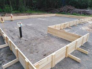 Нужна помощь в строительстве Воскресной школы.