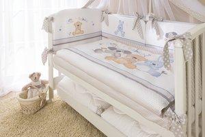 Наборы в кроватку самых различных стилей и расцветок