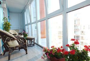 Предлагаем застеклить балкон быстро и качественно!