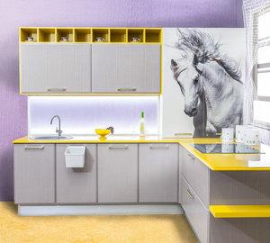 Кухни из шпона ясеня или дуба: элитный облик доступной мебели