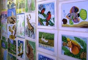 Организуем выставки детских художественных работ!