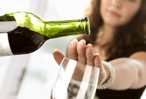 Трудно отказаться от алкоголя? Обращайтесь к специалистам!