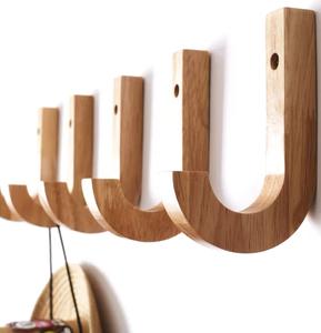 Деревянные вешалки оптом на заказ в Вологде