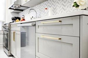 Мебельные ручки для кухни. На что обратить внимание при покупке?