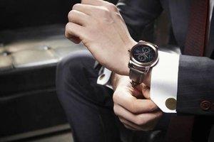 На какой руке нужно носить часы?