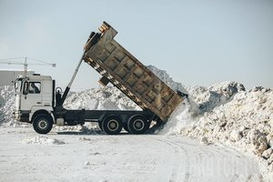 Помощь в вывозе снега в Вологде