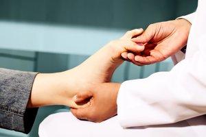 Удаление «косточки» на ногах в Вологде