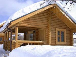 Пора готовиться к зиме – провести утепление деревянного дома