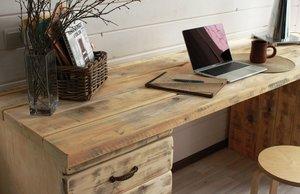 Деревянный письменный стол для кабинета в Вологде
