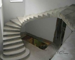 Бетонные лестницы в Тюмени от производителя