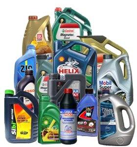 Все необходимые средства для ухода за автомобилем: от полиролей до моторных масел