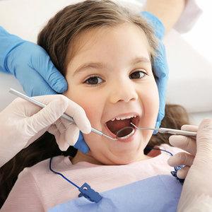 Советы родителям от детского зубного врача. Как подготовить ребенка к встрече со стоматологом?