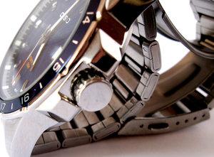 Замена и укорочение браслета на наручных часах