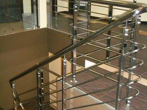 Никелированные ограждения лестниц на заказ