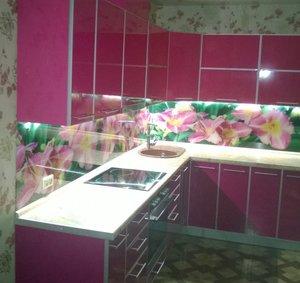 Угловая кухня с фотопечатью на заказ