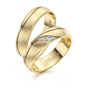 Купить обручальные кольца для молодоженов в Череповце