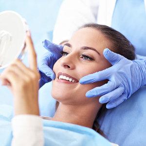 Самостоятельное отбеливание наносит вред зубам