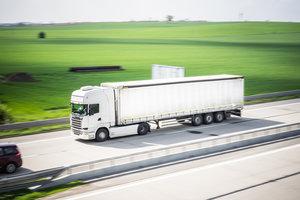Организация грузовых перевозок. Работаем по всей России!
