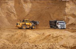 Доставка песка с карьера в Вологде