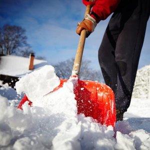 Очистка территории от снега и льда
