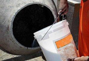 Пластификаторы и противоморозная добавка в бетон